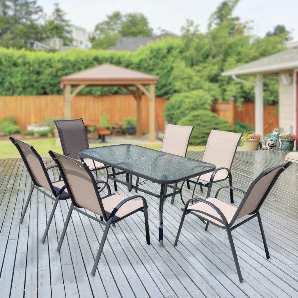 שולחן וכסאות לגינה, שולחן לגינה