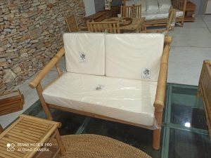 כורסא זוגית במבוק
