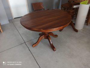 שולחן עגול טהאי מעץ טיק