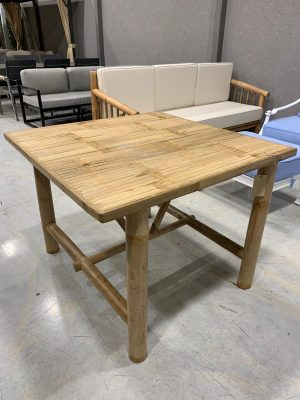 שולחן יאנג
