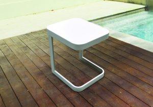 שולחן למיטת שיזוף טיפאני צבע לבן