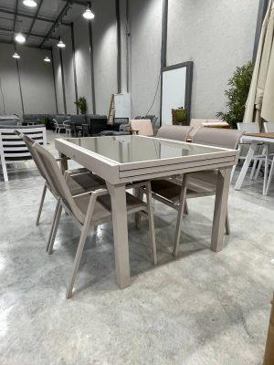 שולחן אלומיניום ויגו שמפניה+4 כסאות